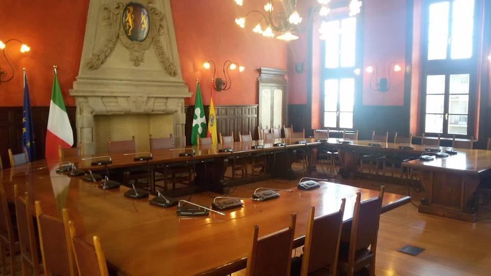 consiglio comunale somma lombardo